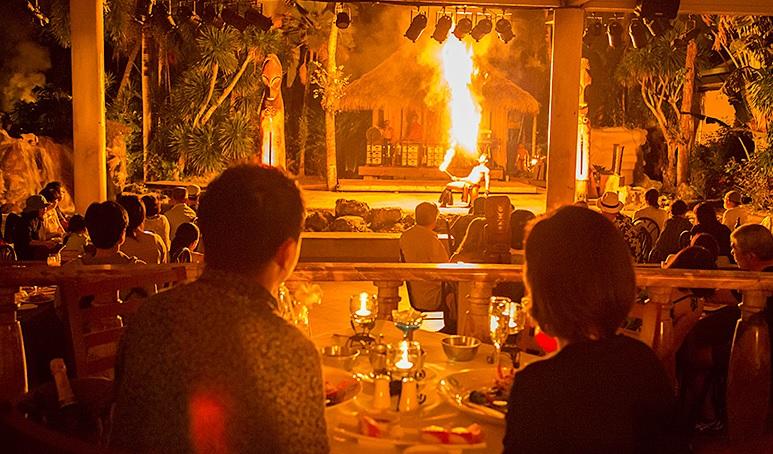 グアム旅行にきたら、豪華な食事と共に華麗なポリネシアンダンスと、迫力満点のファイヤーダンスで南国の夜を満喫したいですよね!    全て食べ放題でお腹も満足できる、ディナーショー付きおすすめのBBOレストランをご紹介します!