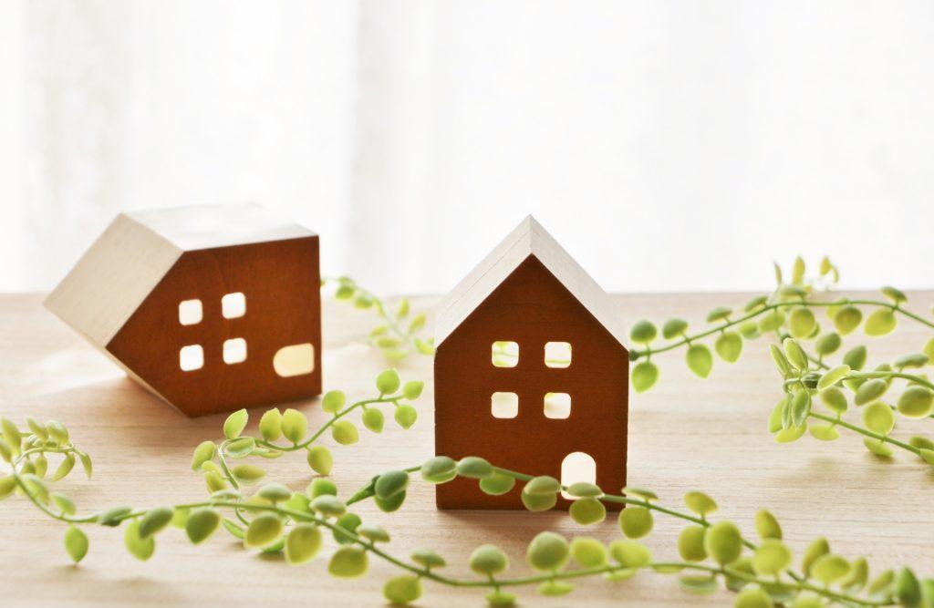 「空家等対策の推進に関する特別措置法」、いわゆる「空き家特措法」の施工から3年が経過しました。    ですが、空き家は人口減少も重なり、今後も増大が見込まれる重大な社会問題です。