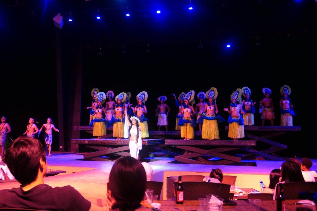 グアムのディナーショーはダンスに歌・アクションに笑いのあるグアム最大級の「ザ・ビーチ」で決まり!