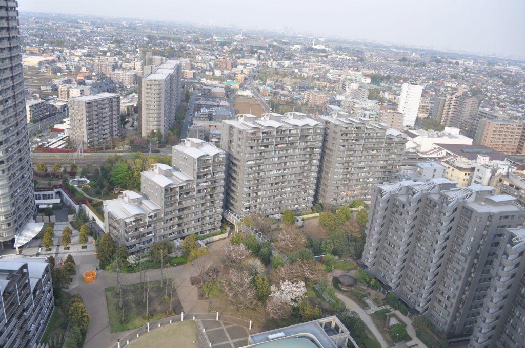 「このマンションを購入して本当に将来的に売れる(or貸せる)だろうか・・」と不安になる方もいらっしゃるかと思います。    そこで今回は、一般的にどういったマンションが将来的にも売りやすく(貸しやすい)のかという点に注目していきます!