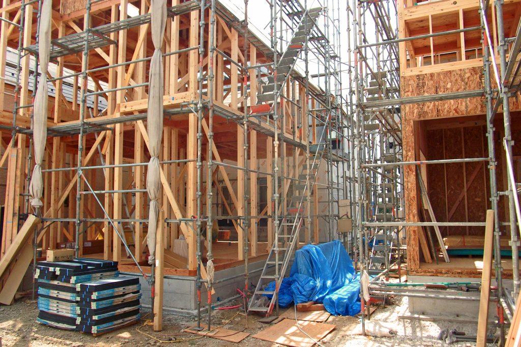 憧れの新築戸建てや新築マンションを購入したいけど、欠陥住宅を購入してしまったらどうしよう・・。    そのような不安を解消する為にも、万が一欠陥があった場合にどんな保証や保険制度があるのか確認していきましょう。